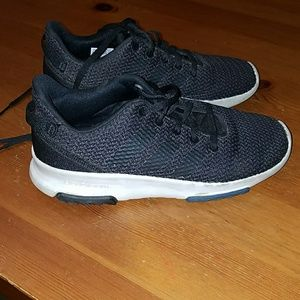 Boys Adidas cloudfoam shoe